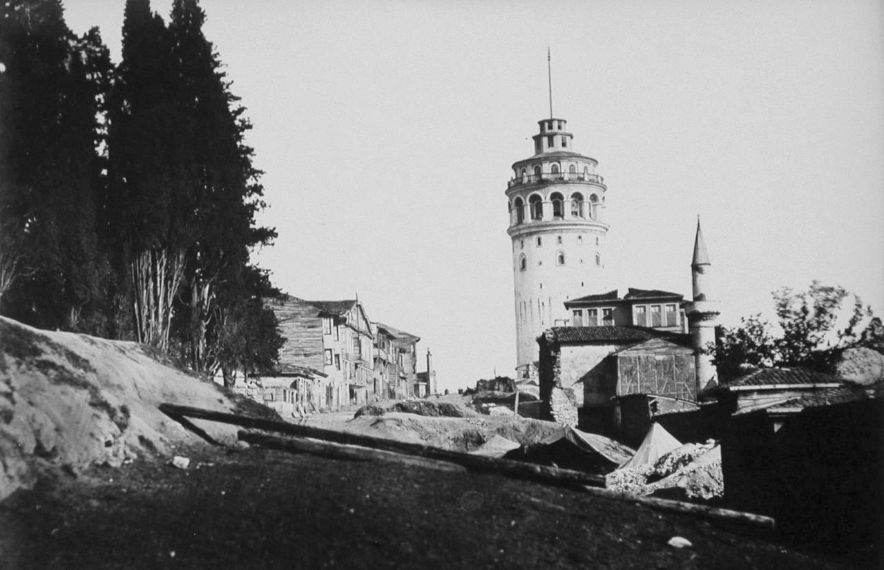 19.-asirda-galata-kulesi.jpg
