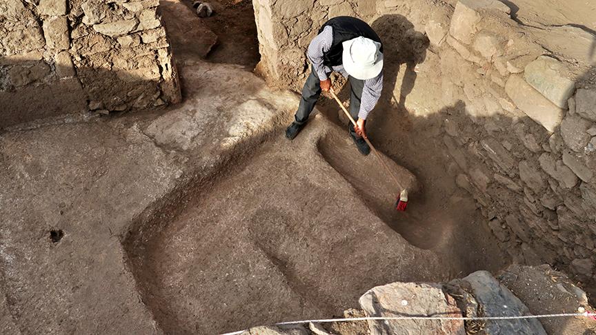 arkeolojik-kazi-001.jpg