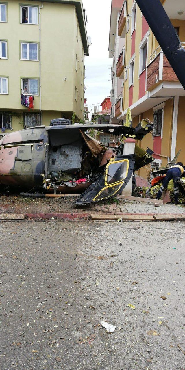 askeri-helikopter-dustu-siyasetcafe.jpg