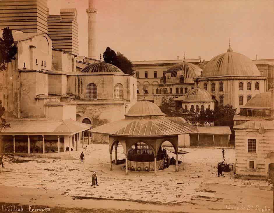 ayasofya-1880-min.jpg