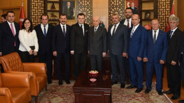 bahceli-ve-erdogana-davet-siyasetcafe.jpg