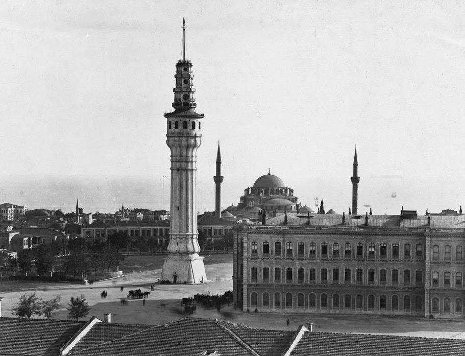 beyazit-kulesi-(1960li-yillar).jpg