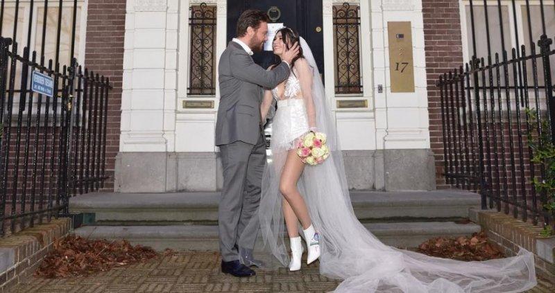 burcu-kiratli-evlendi.jpg