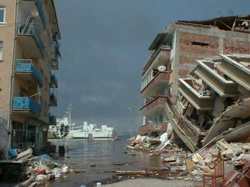 deprem2-004.jpg