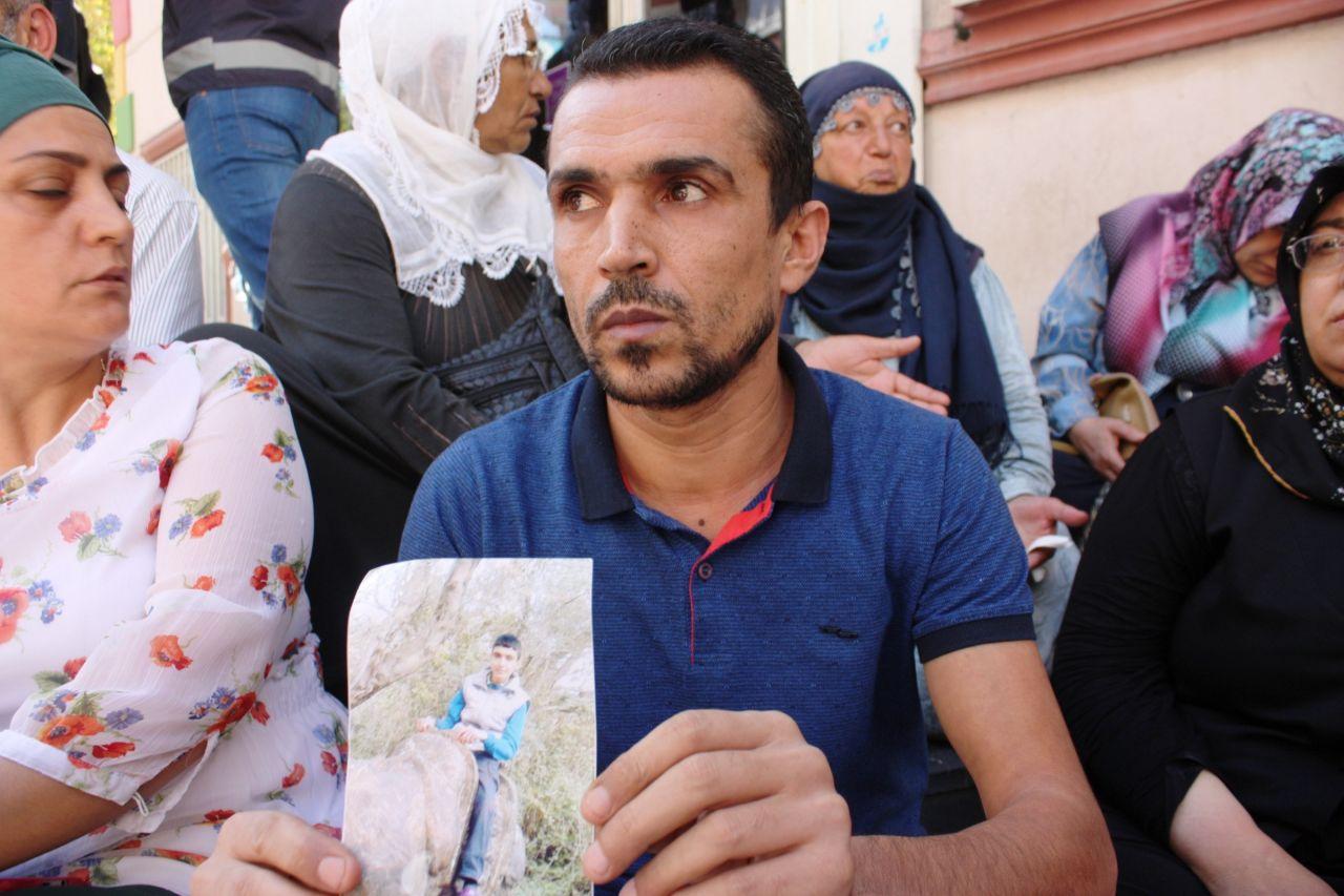 diyarbakir-annelerine-destek-siyasetcafe5.jpg