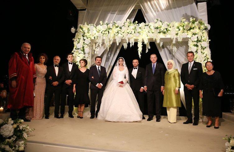 gokhan-tore-dunya-evine-girdi-cumhurbaskani-erdogan-nikah-sahitligini-yapti,.jpg