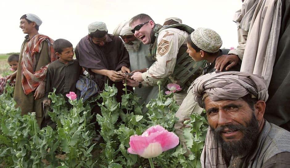 hashas-ekimi-yapan-afgan-koyluleri-min.jpg