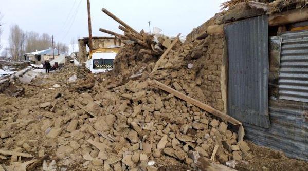 iran-deprem-siyasetcafe1.JPG