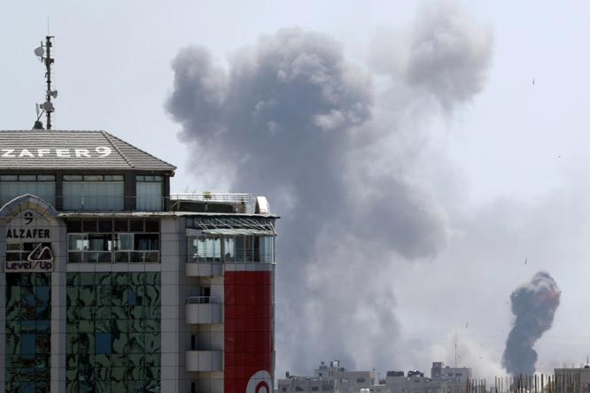 israil-gazzeyi-vurdu-siyasetcafe10.jpg