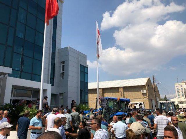 kibris-protesto-siyasetcafe.jpg