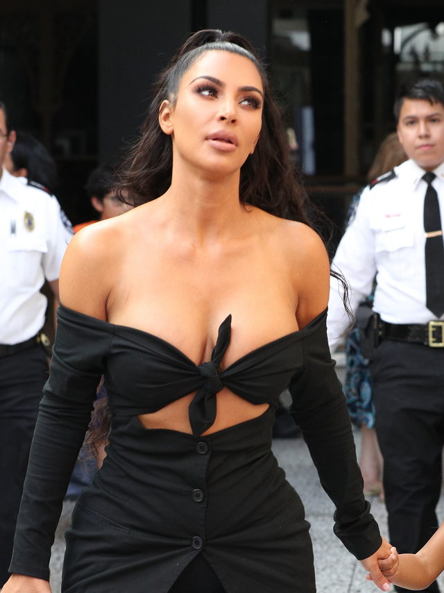 kim-kardashian-siyasetcafe3.jpg