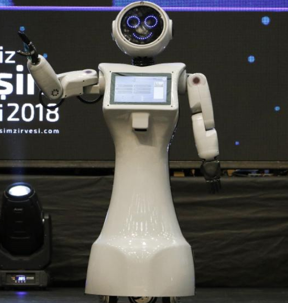 turkiyede-robot-olmak-siyasetcafe.png