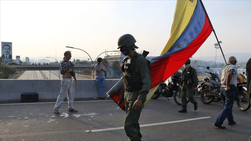 venezuela-darbe-girisimi-goruntuleri.jpg