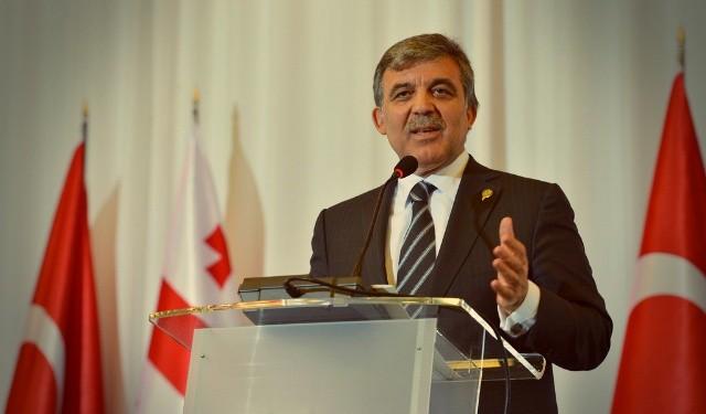AKP'de GÜL isyanı