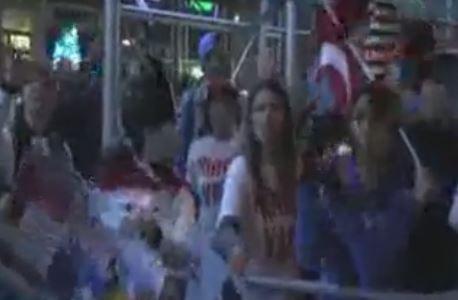 Erdo�an'a 'H�rs�z var' Protestosu