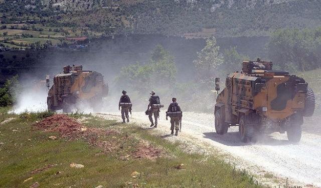 PKK'lları ambulansala hastanelere taşıyoruz