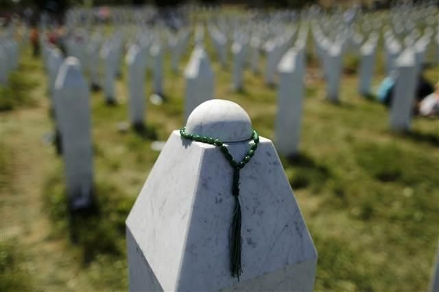 AB'nin göbepinde Yüz yılın katliamı