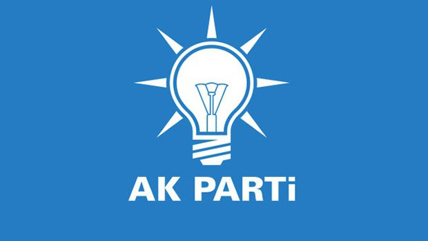 AK Parti'den 900 kişi istifa etti..