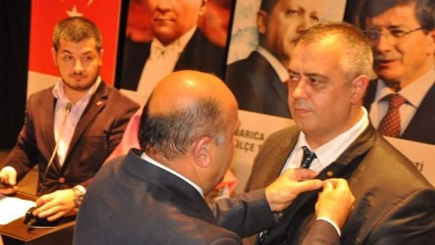 MHP'den  istifa edip AKP'ye geçtiler