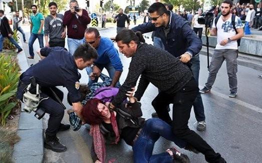 Antalya'da olaylı G-20 eyleminde 30 gözaltı