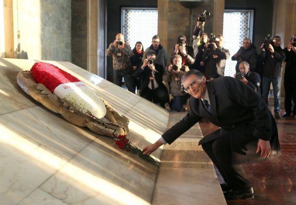 Ödülünü aldı, Anıtkabir'e koştu