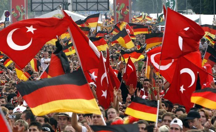 İşte Almanya'nın en başarılı 10 Türk'ü