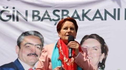 'Erdoğan fiilen başkanlık sistemini başlattı'