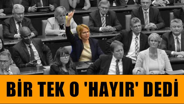 Utanç kararına bir tek Bettina Kudla hayır dedi!