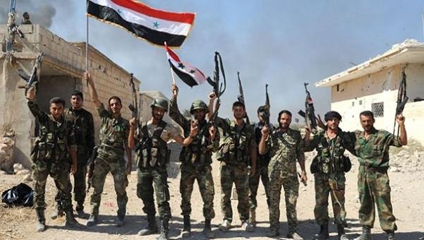 Suriye Ordusu ve YPG Rakka'ya girdi