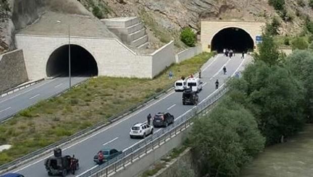 Gümüşhane'de tünel çıkışında hain tuzak