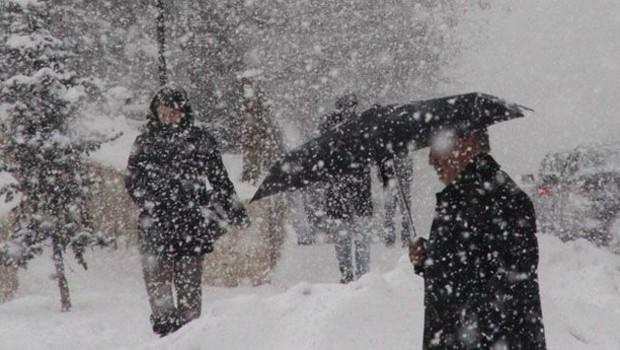 Kar geliyor, sıcaklık -1 derece