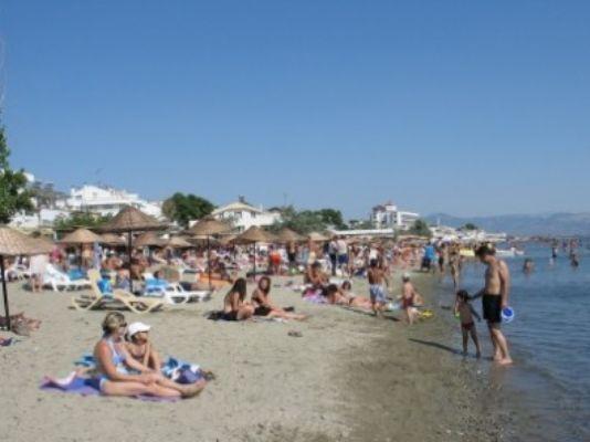 Bu da oldu! Plajda 70 yaşındaki turiste...