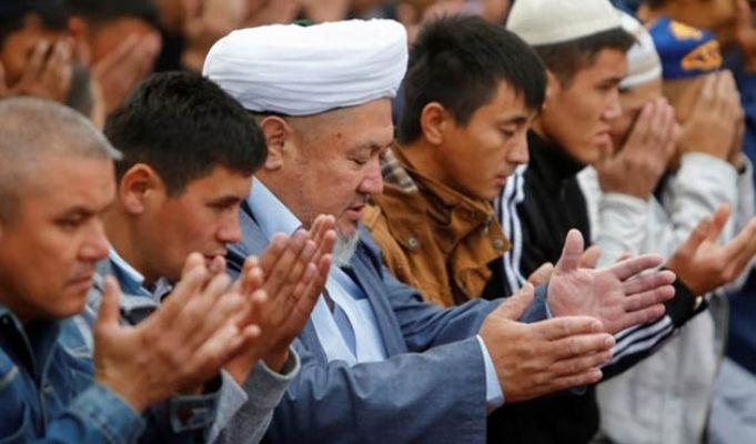 Kazakistan'da yüksek sesle
