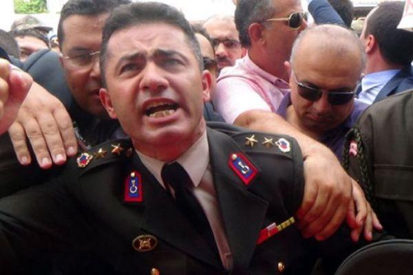 Yarbay Alkan'dan Bahçeli'ye sert tepki: Saray çalışanı